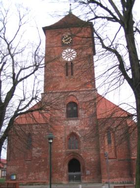 grevesmkircheturmklein.jpg