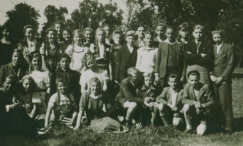 jungegemeindegrevesm1950.jpg
